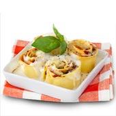 Pastarullar med zucchini, soltorkade tomater och skinka