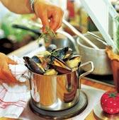 Nykokta musslor med potatis och blekselleri