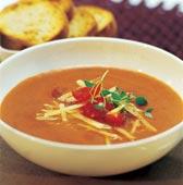 Mustig tomatsoppa med ost, tomat och timjan