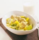 Frikadeller i mild currysås