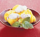 Saffrans-petit choux med lingongrädde