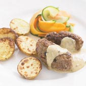 Viltbiffar med rostad potatis