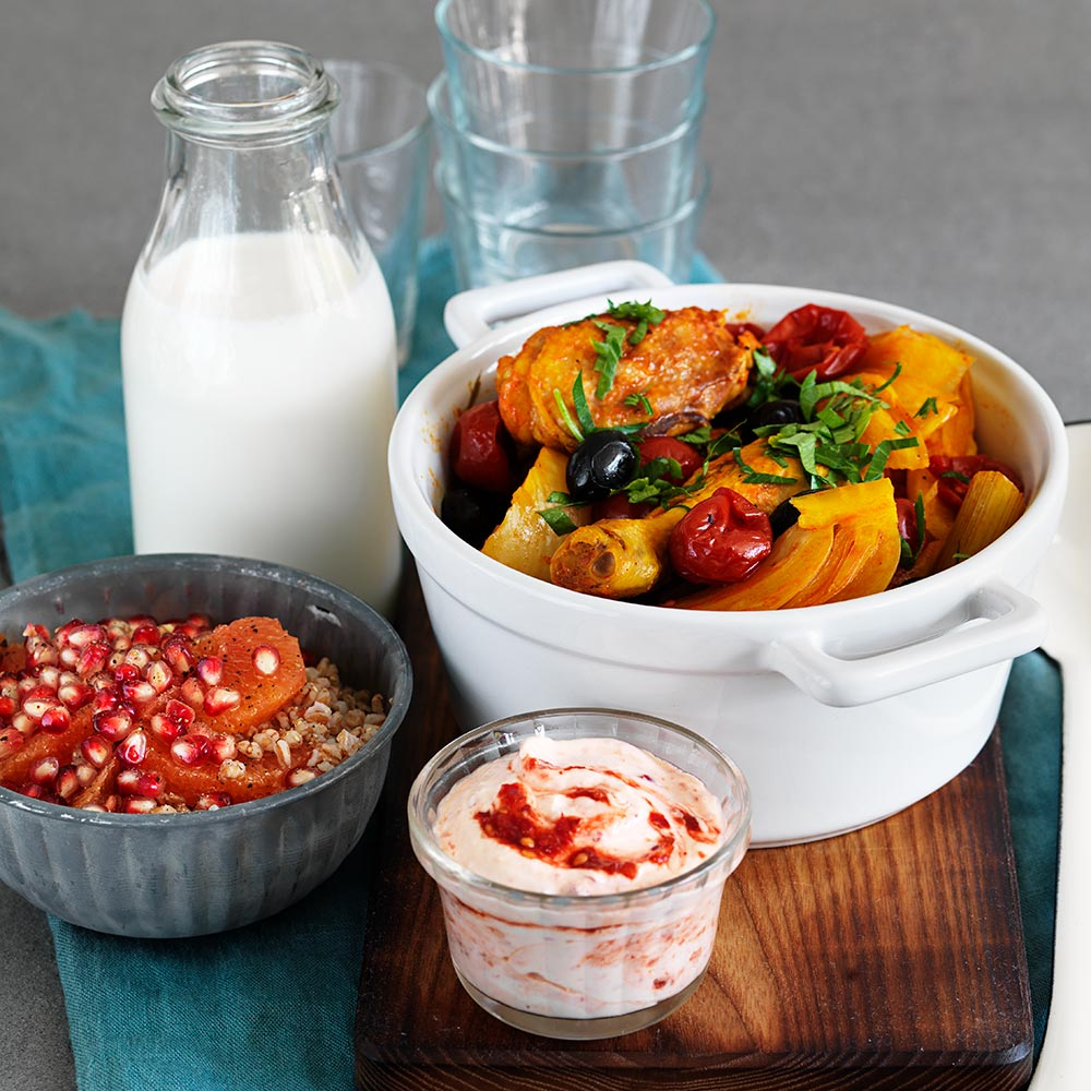 Kycklinggryta med chiliyoghurt