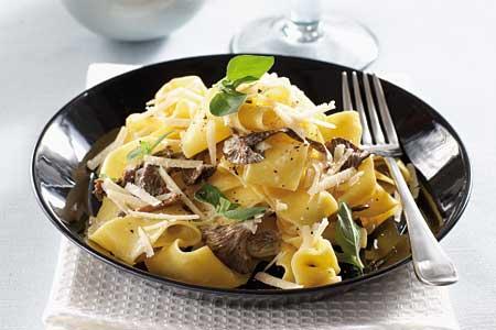 Oxfilé pastasås